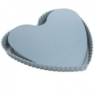"Fox Run 10"" Loose Bottom Heart Pan"